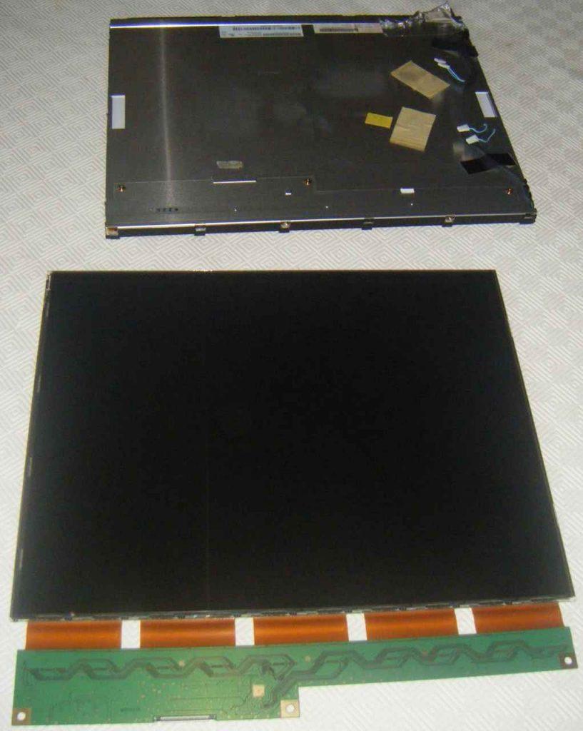 NavLab - Tutoriels - Réparation moniteur DELL 1907FPC - démontage dalle et électronique