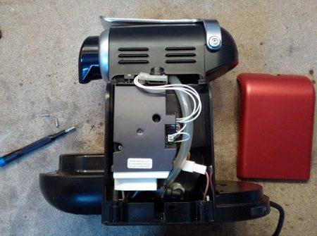 Réparation Nespresso Magimix M100 démontage carte électronique condensateurs pas de café bouton clignotent