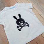 flocage t-shirt thermocollant body bébé personnalisation animation fabrication numérique silhouette cameo pirate bunny lapin